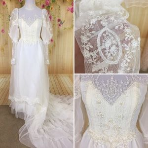 True Vintage Ethereal Wedding Dress & Veil